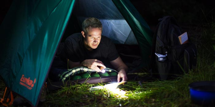 camping flashlight buying guide