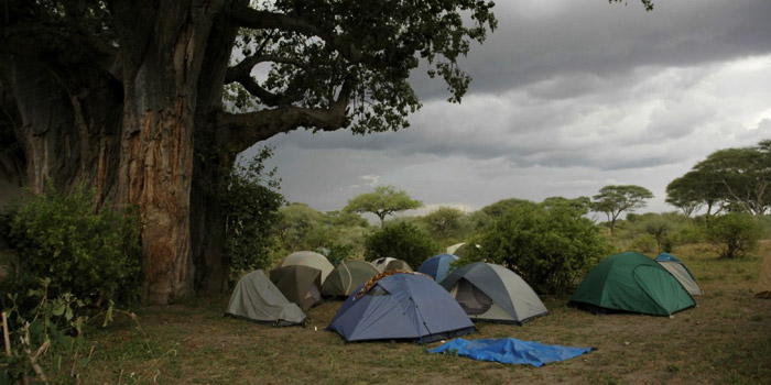 finding a campsite for tent camping in the rain