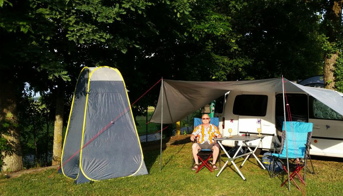 camping shower reviews and tips