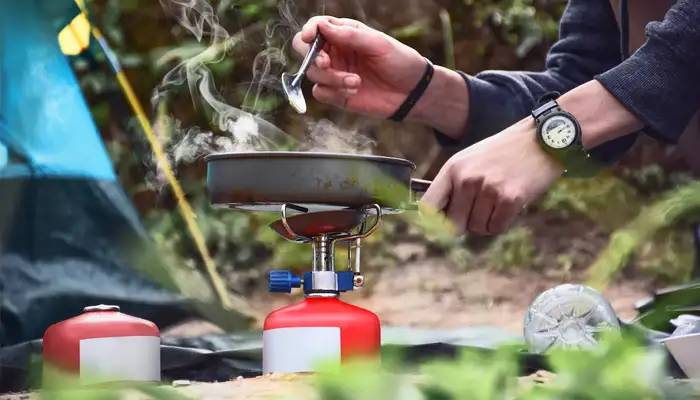 camping stove reviews and using tips