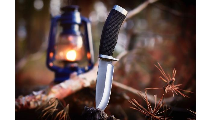 Camping Knife Tips