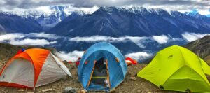 Factors-to-Consider-When-Choosing-a-Campsite-Featured-Image