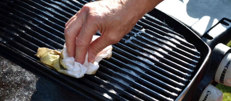 Basic-Steps-to-a-Clean-Camping-Grill-Featured-Image