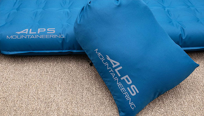ALPS-Mountaineering-Vertex-Bed-packet-size