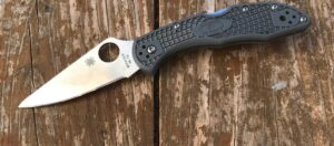 Spyderco-Delica-4-Review-Featured-Image