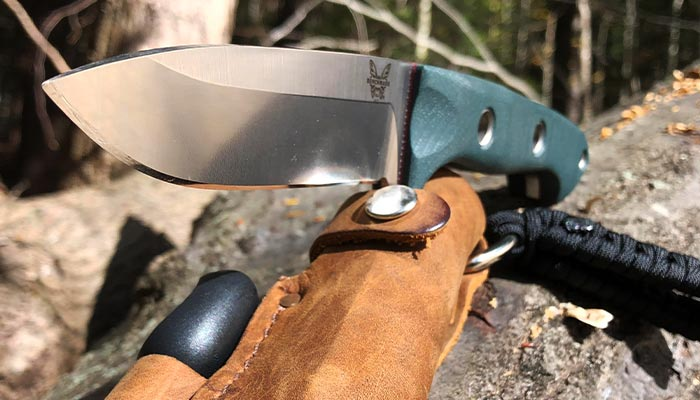 close-view-of-the-benchmade-bushcrafter-162-blade